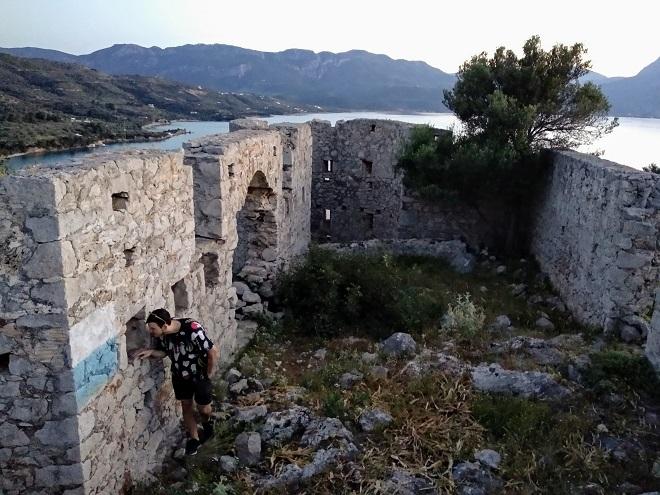 zamek faviera (1)